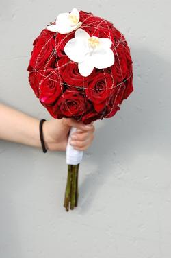 rød brudebukett