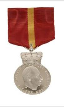 kongens fortjenestmedalje sølv