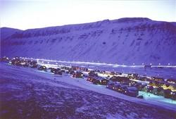Longyearbyen i blått lys. Foto:Herta Grøndal