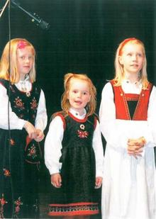 Songgruppa i Stryn_500x707_cropped_419x589