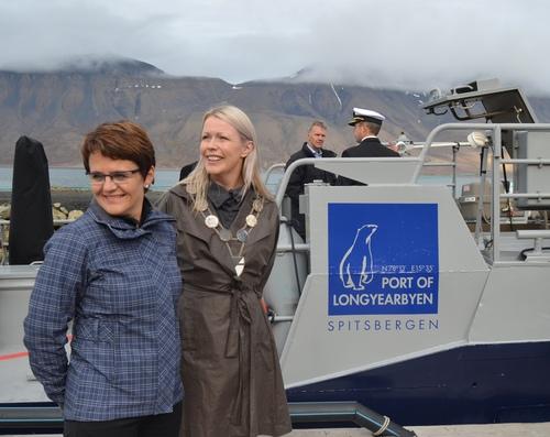 Markering av åpning av Longyearbyen losstasjon