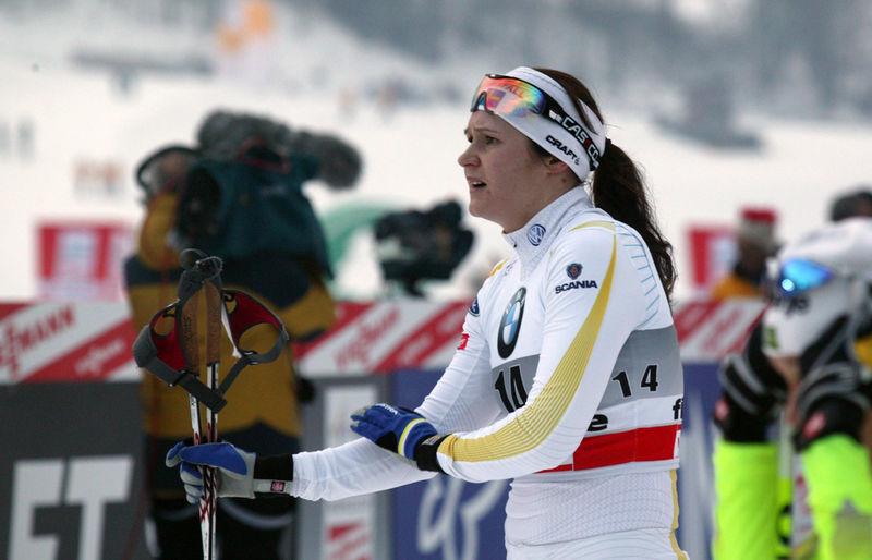 Sex svenskor till kvartsfinal i sprint