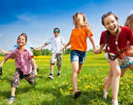 Barn løper