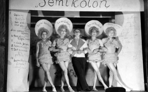 Semikolon teater