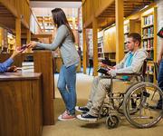UTDANNING ER VIKTIG: Utdanning har stor betydning for funksjonshemmedes arbeidsdeltakelse. Mens bare 44 prosent av de funksjonshemmede med lav utdanning er i arbeid, er yrkesdeltakelsen på hele 77 prosent blant de høyest utdannede.