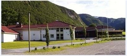 Brekke barnehage og skule (C) Scandion