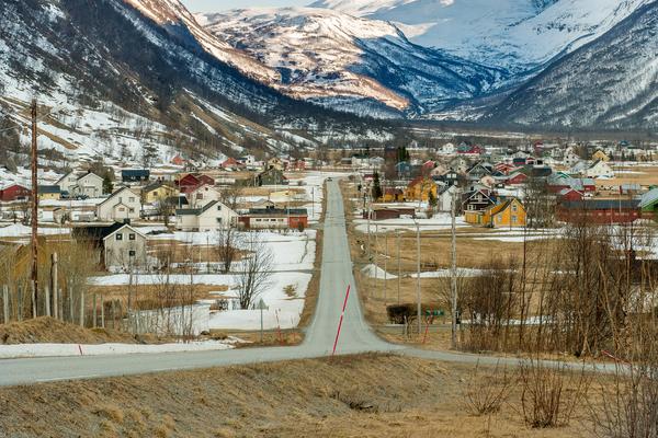 KåfjorddalenMiessevarre600x400.jpg
