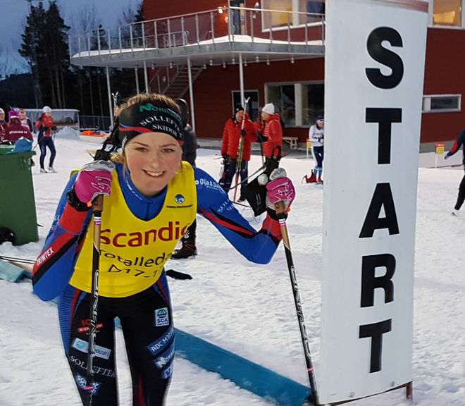FRIDA KARLSSON är så här långt i vinter suverän i D17-18. Obesegrad också efter helgens tävlingar i Östersund. Foto: THORD ERIC NILSSON