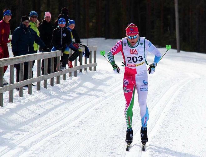 ROBIN BRYNTESSON på väg mot seger i Sigvard Jonssons Minne i Rossön 2017.