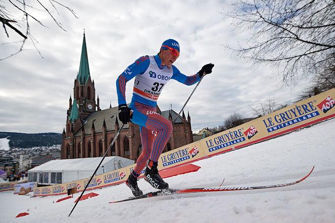 ANDRAÅRSSENIOREN Alexander Bolshunov vann öppningstävlingen i finska Olos, Muonio. Förra säsongen tog han två guld och ett silver från U23-VM i USA och fick åka VM i Lahtis. Här från världscupen i Drammen. Foto: NORDIC FOCUS