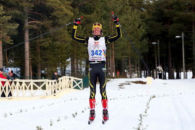 ERIK WICKSTRÖM kan jubla över en 11:e plats i Red Bull Nordenskiöldsloppet på 12 timmar och 8 minuter. Foto/rights: MARCELA HAVLOVA/sweski.com