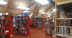 Longyearbyen folkebibliotek i Lompensenteret
