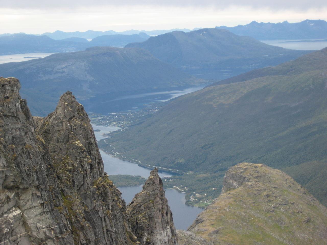 utsikt fra Revtinden av Roar Tande.