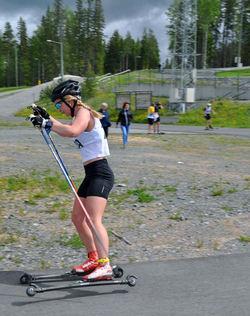 ELIN MOHLIN, Åsarna vann dubbelt i damklassen - både lördagens backrace och söndagens distanslopp. Foto: ARRANGÖREN
