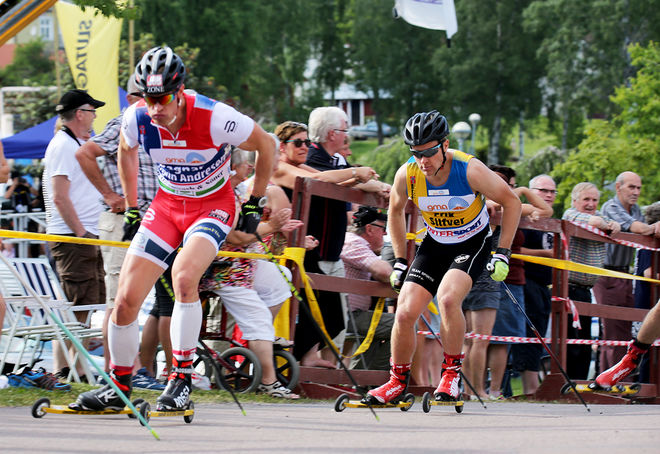 ERIK SILFVER (höger) spurtade in till svenskt VM-silver i teamsprint, men han grejade inte norrmannen Ragnar Bragvin Andresen (tv). Foto/rights: MARCELA HAVLOVA/sweski.com