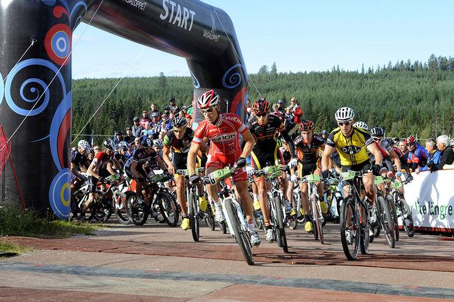 CYKELVASAN är nu Nordens största MTB-tävling. I Norge sjunker deltagarantalet som en sten i dom stora tävlingarna, men i Sverige håller Cykelvasan nivån och storleken. Foto: NISSE SCHMIDT/Vasaloppet
