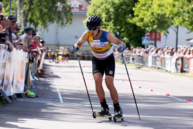 """LEO JOHANSSON från Skillingaryd blev världsmästare på rullskidor i Sollefteå och är en av eleverna vid skidgymnasiet i Torsby som åker Alliansloppet och tränar i Trollhättan i samband med tävlingen. Här från """"Inge Bråten Memorial"""" i Sunne i juli. Foto/rights: MARCELA HAVLOVA/sweski.com"""