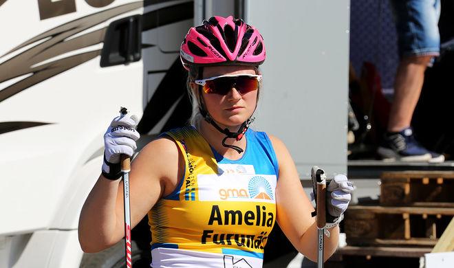 AMELIA FURUNÄS, Malungs IF vann lite överraskande damernas juniorklass i Alliansloppet i Trollhättan efter en svettig avslutning. Foto/rights: MARCELA HAVLOVA/sweski.com