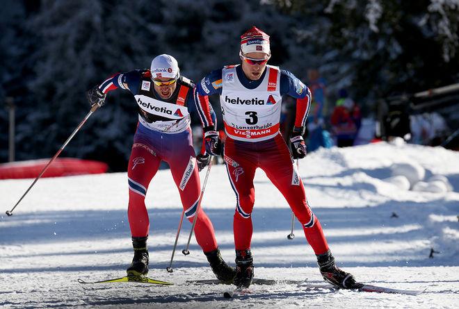 DIDRIK TØNSETH gick i asfalten i 50 km/t under norska landslagets läger i Livigno i Italien. Här drar han på Petter Northug jr under Tour de Ski i Lenzerheide i Schweiz. Foto/rights: MARCELA HAVLOVA/KEK-photo