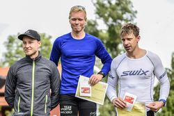 ALFRED BUSKQVIST är landslagsman på rullskidor. Han gjorde ett imponerande segerlopp i UVK-rullen. Tvåa var Ronny Wedin och trea Jonas Böhlmark.