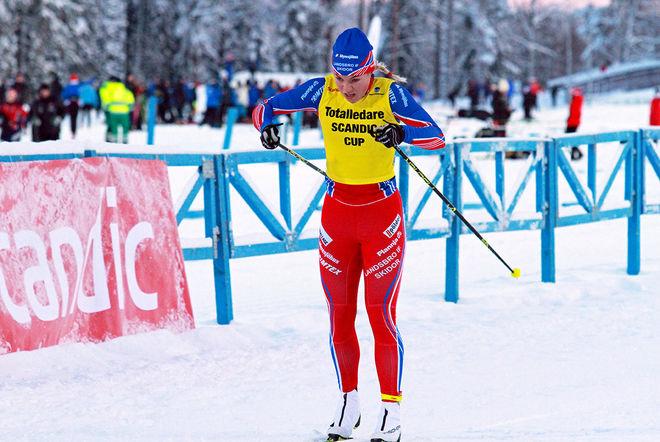 STORTALANGEN Moa Hansson från Landsbro blev 2:a i D17-18 där Hanna Abrahamsson, Eksjö vann och där det blev dubbelseger till Småland. Foto: THORD ERIC NILSSON