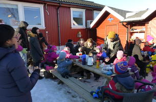Vårfest i Solli barnehage 2018_kaffekos