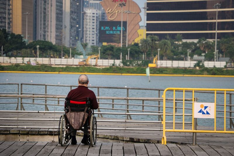 Ulobas årlige tilstandskartlegging blant funksjonshemmede med assistansebehov viser diskriminering og dokumenterer forskjellsbehandling av funksjonshemmede i kommune-Norge. Foto: Macau Photo Agency / Unsplash.