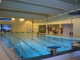 Svømmehall, Dokka