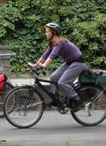 Dame p� sykkel 1_150x207