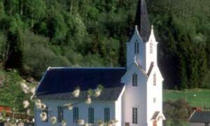 Fortun kyrkje