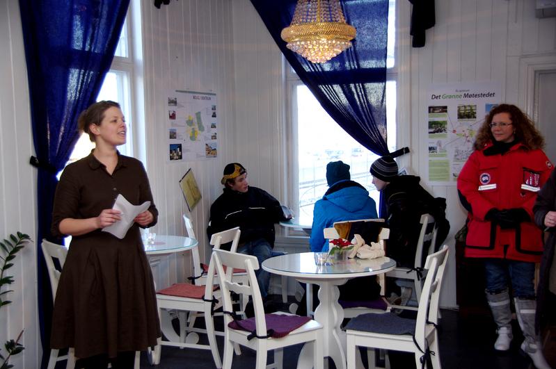 Bilde fra åpning av utstilling om Ås framtid