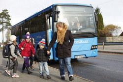 lokalbuss_med_mennesker_400x267-rgb