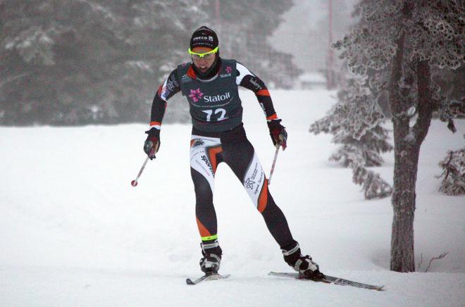 LINA KORSGREN, Falun-Borlänge SK fick det tungt på andra varvet. Foto: KJELL-ERIK KRISTIANSEN