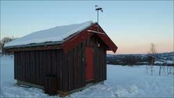 Pumpehus med værstasjon i Ånegga. Foto, Tor-Hartvig Bondø