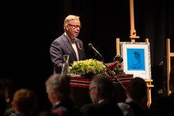 Roger Zahl Ødegård takker for Tyfusstatuetten 2013 Foto Tone J. Sund