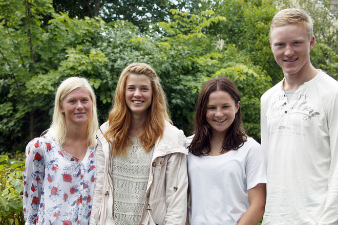FYRA NYA DALANAMN i juniorlandslaget, fr v: Maja Dahlqvist (Domnarvet), Anna Dyvik (Falun-Borlänge), Moa Molander Kristiansen (Domnarvet) och Oskar Svensson (Falun-Borlänge). Foto: KJELL-ERIK KRISTIANSEN