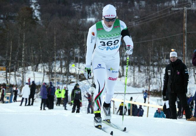 MIA ERIKSSON fick ingen plats i landslaget, men hon satsar hårt på en OS-biljett till Sochi genom sin klubb Piteå Elit. Foto: MOA MOLANDER KRISTIANSEN