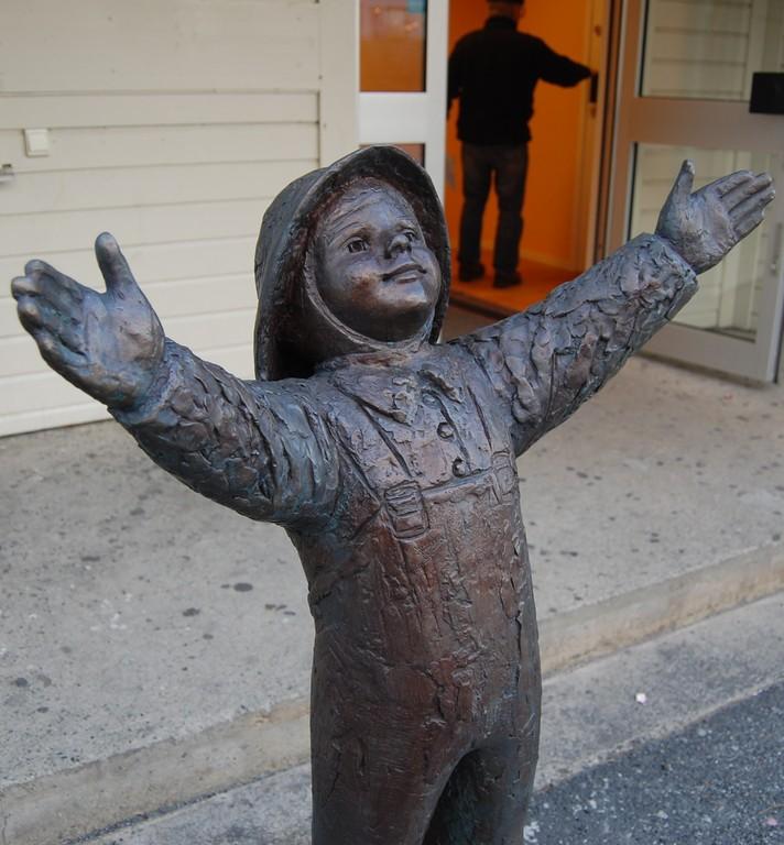 sparebankens_skulptur2