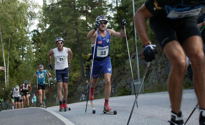 ROBIN NORUM - här före Carl Quicklund i Alliansloppet - var bäst i avslutningen på Idre Fjäll. Foto: KJELL-ERIK KRISTIANSEN