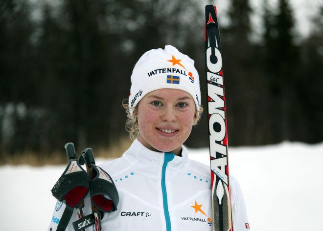 ELINA RÖNNLUND från IFK Umeå var 6:a och bästa svenska i prologen i JVM-sprinten i Rumänien. Foto/rights: KJELL-ERIK KRISTIANSEN/sweski.com