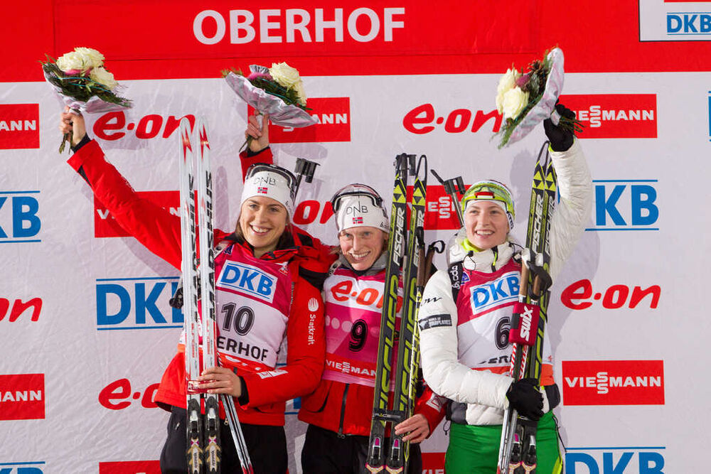 05.01.2014, Oberhof, Germany (GER): Synnoeve Solemdal (NOR), Tora Berger (NOR), Darya Domracheva (BLR) - IBU world cup biathlon, mass women, Oberhof (GER). www.nordicfocus.com. © Manzoni/NordicFocus. Every downloaded picture is fee-liable.