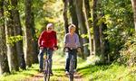 Hverdagsaktivitet - par på sykkel