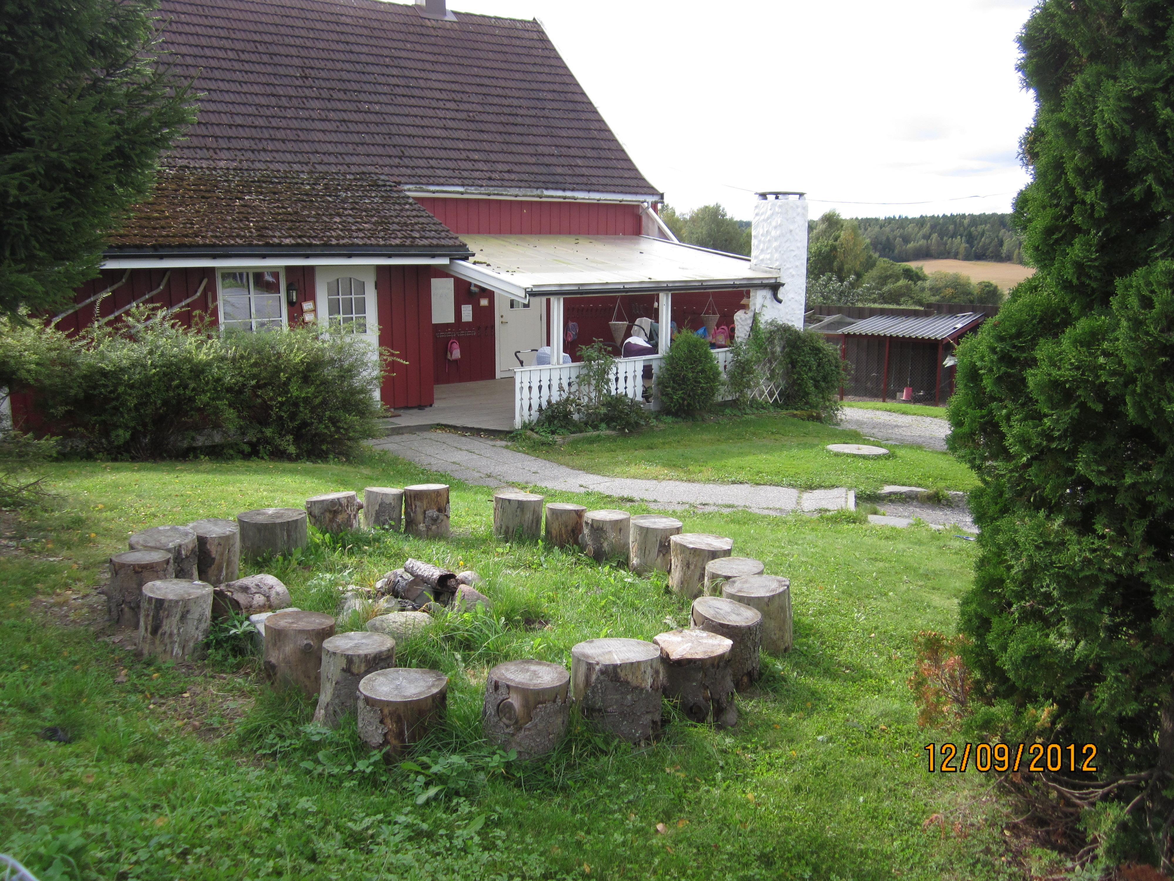 Vestby Naturbarnehage avd Sundbytoppen[1].JPG