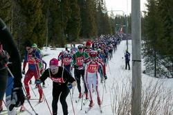 MÅNGA TÄVLINGAR att välja mellan i Sverige i vinter. Här en bild från Årefjällsloppet 2014. Foto: MARCELA HAVLOVA/sweski.com