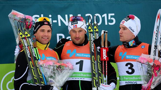 DOM TRE BÄSTA på herrarnas skiathlon är alla med i Norges VM-trupp til Falun, fr v: Niklas Dyrhaug, Petter Northug jr och Didrik Tønseth. Foto/rights: MARCELA HAVLOVA/sweski.com