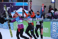 OPPDAL IL tog en historisk seger med tre systrar Øyre Slind i laget: Astrid, Kari och Silje. Foto/rights: MARCELA HAVLOVA/sweski.com