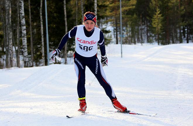 REBECCA ÖHRN är alltid att räkna med när det blir JSM. Idag spurtade hon ner Hedda Bångman och vann skiathlontävlingen i D19-20. Foto/rights: KJELL-ERIK KRISTIANSEN/sweski.com
