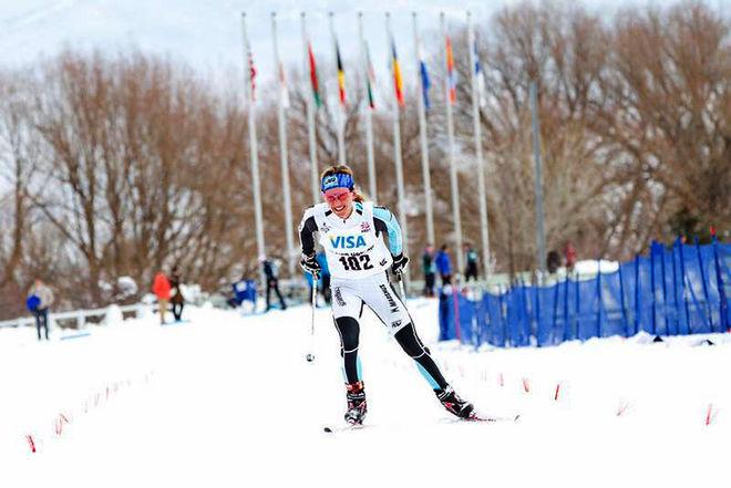 SENSATIONELLA VM-TREAN från Falun, Caitlin Gregg, på väg in till en överlägsen seger i US Super Tour över 30 km för damer.