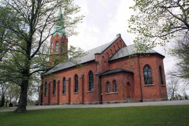 Ås kirke (650 x 434).jpg