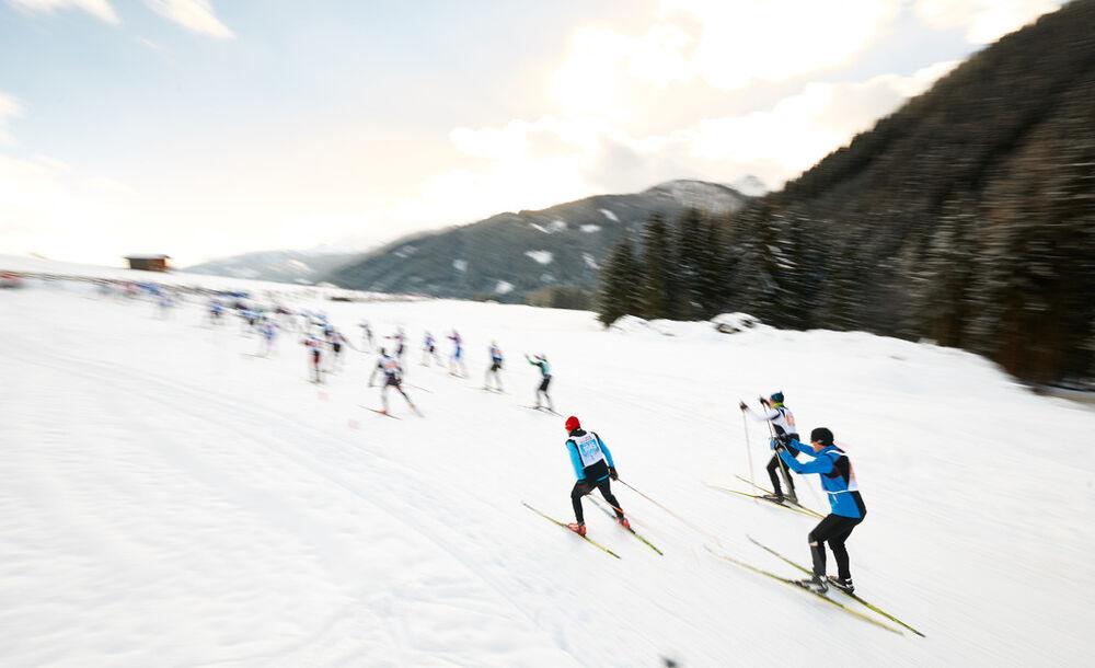 18.01.2015, Lienz, Austria (AUT): start of the skating race- FIS Marathon Cup Dolomitenlauf, Lienz (AUT). www.nordicfocus.com. © Felgenhauer/NordicFocus. Every downloaded picture is fee-liable.